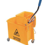 Single_mop_bucket_and_wringer