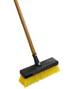 deck-brush-for-cleaning-garage-floors